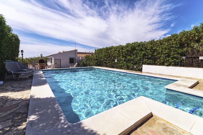 Finca e piscina — Foto stock