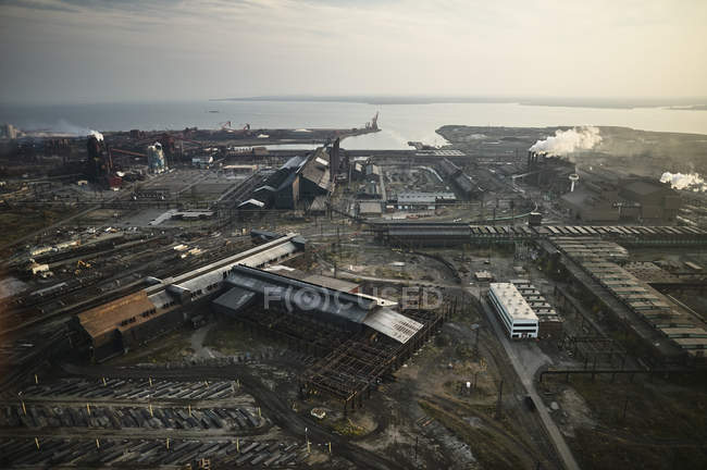 USA, Maryland, Aerial photograph of the old Sparrows Point steel mill in Baltimore — Stock Photo