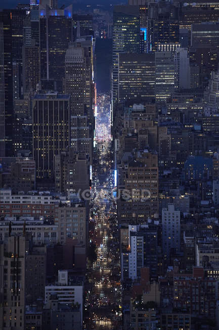 Соединенные Штаты Америки, New York City, Rush hour traffic on 7th Avenue, aerial view — стоковое фото