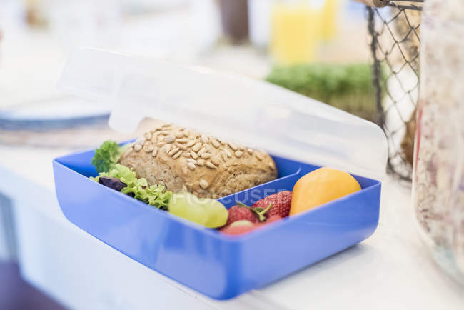 Lunch box with healthy food — Stock Photo