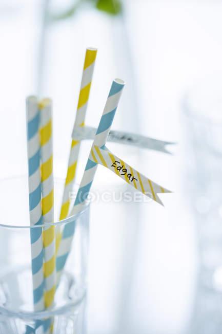 Pailles à boire avec le nom Edgar en verre — Photo de stock