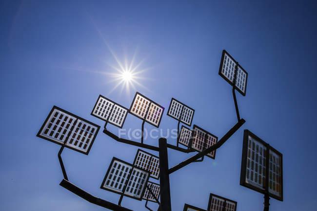 Allemagne, Ulm, arbre solaire à Solar City — Photo de stock