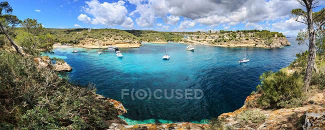 Spagna, Maiorca, vista panoramica sulla baia di Portals Vells — Foto stock