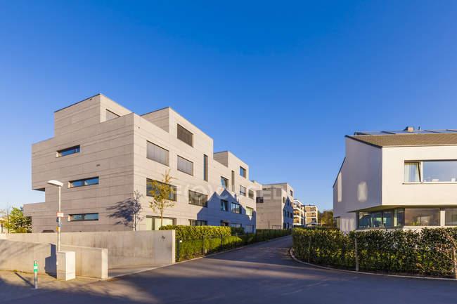 Germania, Baden-Wuerttemberg, Stoccarda, Killesberg, esterno di appartamenti premium a conduzione libera — Foto stock