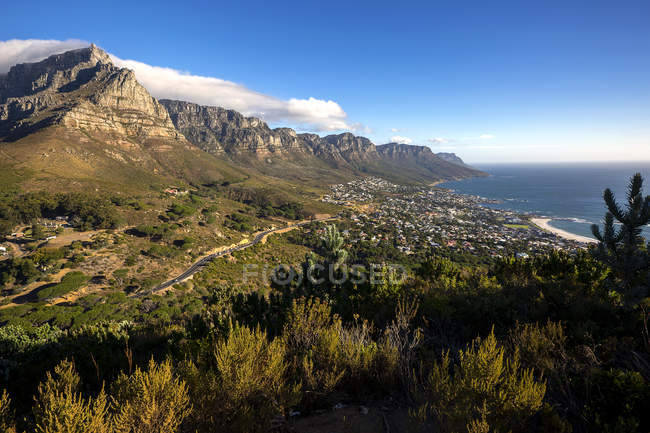 South Africa, Cape Town, Camps Bay, Twelve apostles, landscape view — Stock Photo