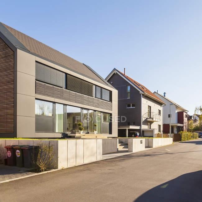 Alemanha, Baden-Wuerttemberg, Stuttgart, Killesberg, exterior de apartamentos gratuitos premium — Fotografia de Stock