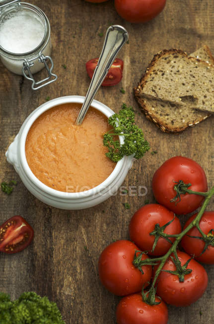 Homemade tomato soup on table — Fotografia de Stock