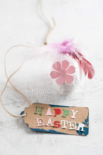 Frohe Ostern Tag auf Osterei — Stockfoto