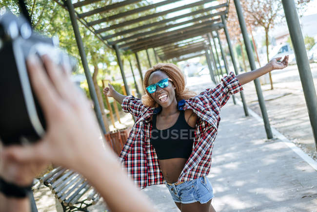 Young woman posing for camera — Stock Photo