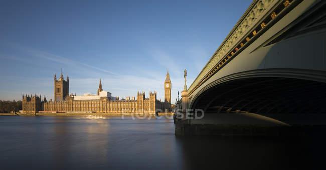 Regno Unito, Londra, Big Ben, Westminster Bridge e Palazzo di Westminster — Foto stock