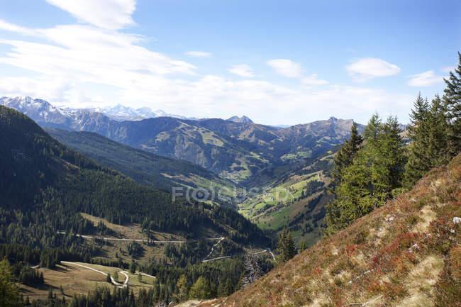 Blick auf Ellmau Tal, Radstaetter Tauern, Großarltal, Pongau, Österreich — Stockfoto