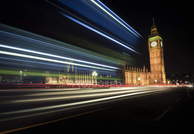 UK, London, Big Ben at night, blurred motion — Stock Photo