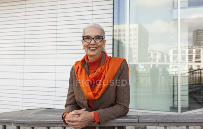 Portrait of fashionable mature woman — Stock Photo