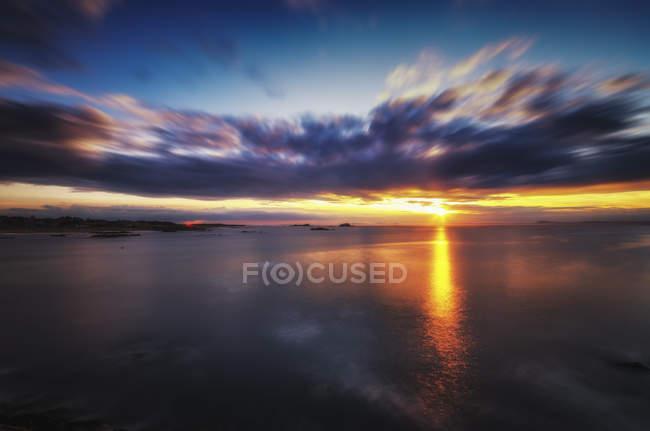 United Kingdom, Scotland, East Lothian, North Berwick, Firth of Forth, Sunset — Stock Photo
