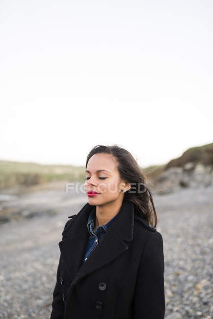 Portrait of woman with closed eyes — Stock Photo