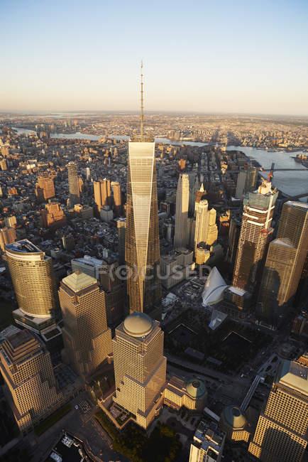 США, Нью-Йорк Нью-Йорк, міський пейзаж з Всесвітнього торгового центру і річки Гудзон — стокове фото