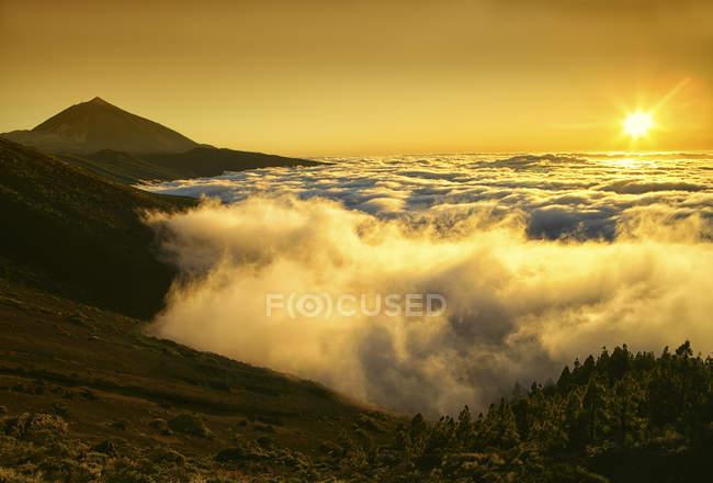 Spain, Tenerife, sunset at Teide National Park — Stock Photo