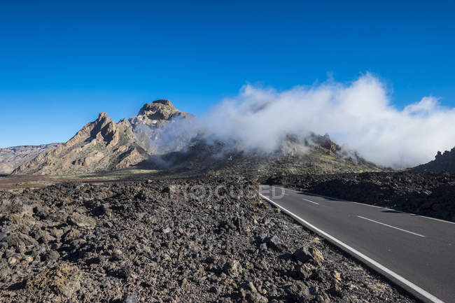 Spain, Canary Islands, Tenerife, road in  Teide National Park — Stock Photo