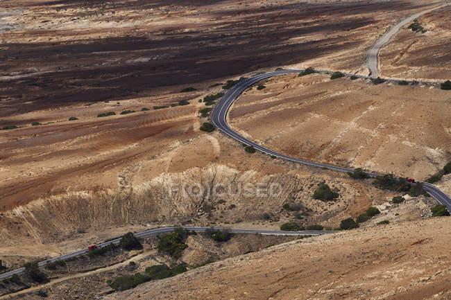 Испания, Канарские острова, Фуэртевентура, дорога — стоковое фото