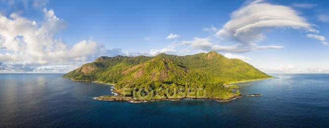 Seychellen, Silhouette Island, Point Ramasse Tout, Strände Anse Lascars und La Passe — Stockfoto
