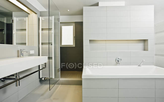 Interior of Modern bathroom — Stock Photo