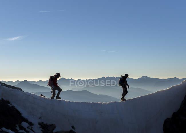 Francia, Alpi Ecrins, due alpinisti a Dauphine — Foto stock