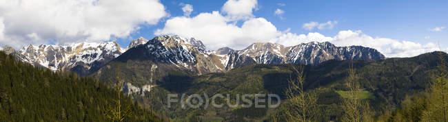 Österreich, Steiermark, Panorama der Eisenerzer Alpen, Bergmassiv Reiting — Stockfoto