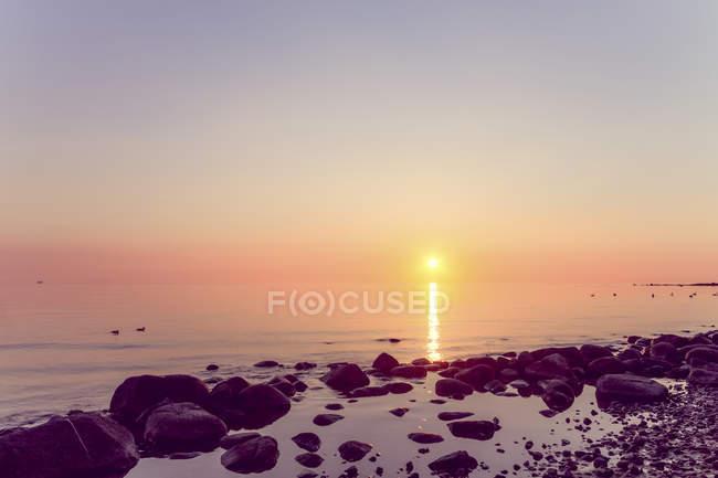 Allemagne, Ruegen, Binz, plage au coucher du soleil — Photo de stock