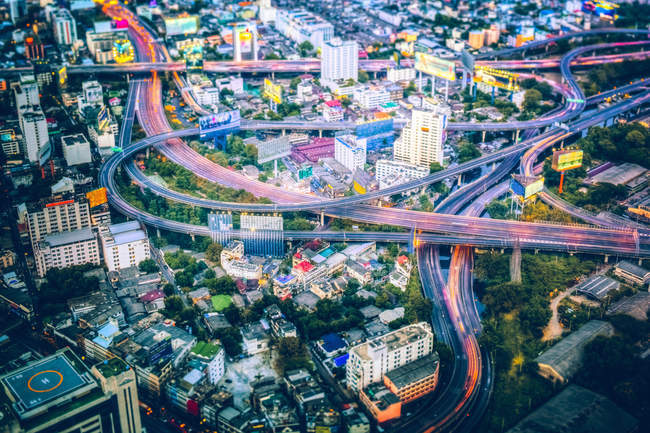 Traffico a Bangkok la sera, Thailandia — Foto stock