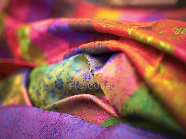 Panno di seta colorato, cornice completa — Foto stock