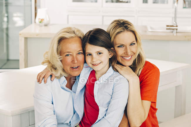 grandma-mother-and-daughter-nude