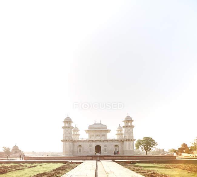 India, Uttar Pradesh, Agra, Tomb of Itimad-ud-Daulah — Stock Photo