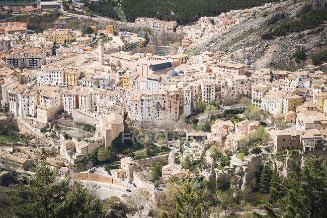 Spagna, Cuenca, paesaggio urbano durante il giorno — Foto stock