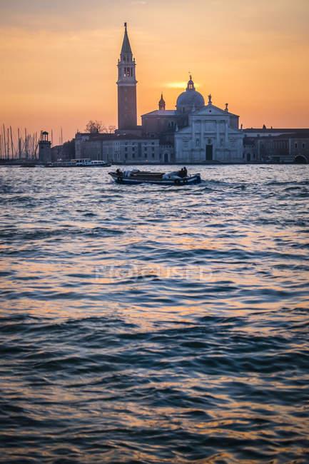 Italy, Venice, view to San Giorgio Maggiore at morning twilight — Stock Photo