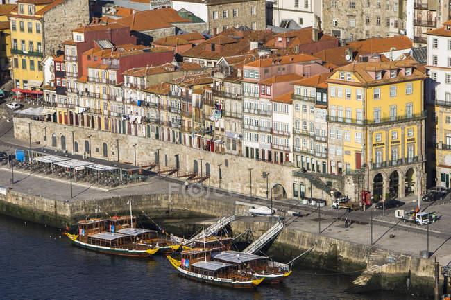 Bank of River Douro — Stock Photo