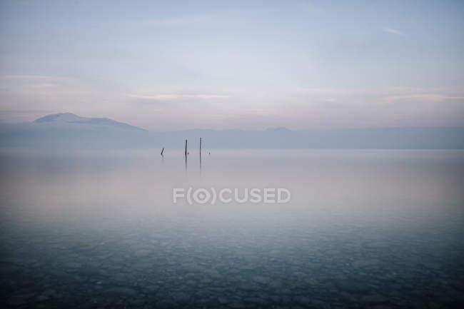 Italy, Lombary, Sirmione, Lake Garda — Stock Photo