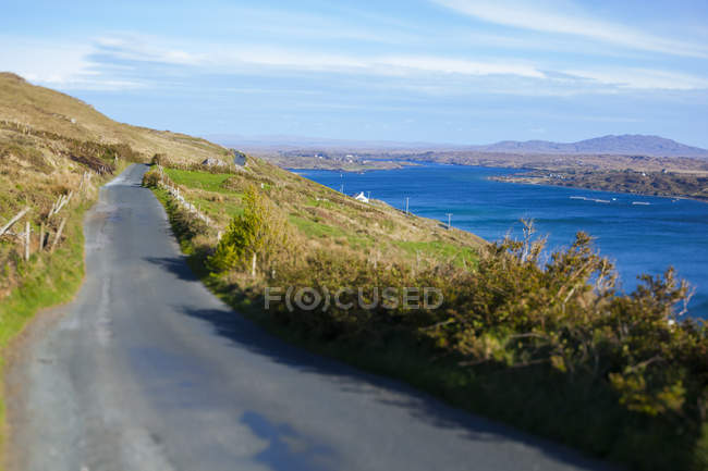 Ireland, Country empty road in Connemara — Stock Photo