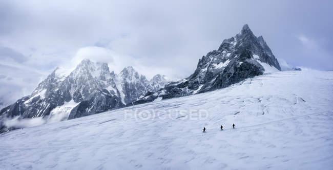 Франция, Альпы Экрина, альпинисты в Дофине — стоковое фото