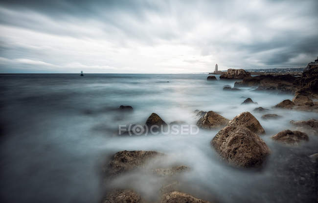 France, Provence-Alpes-Cote d'Azur, Nizza, view of stones under mist during daytime — Stock Photo