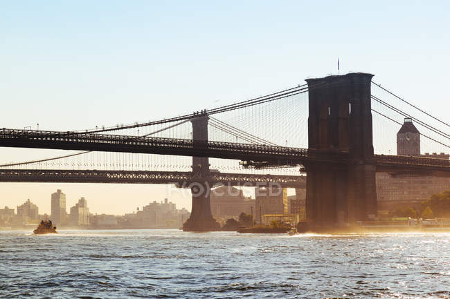 Brooklyn Bridge und Manhattan Bridge, New York City, usa — Stockfoto
