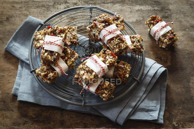 Barras de granola vegana sin gluten - foto de stock