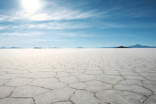 Bolivia, Atacama, Altiplano, Salar de Uyuni, Uyuni salt flats - foto de stock