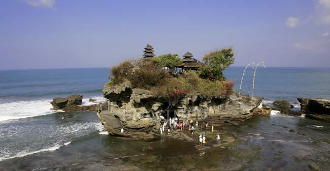 Indonésie, Bali, Tanah Lot Temple pendant la journée — Photo de stock