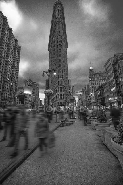 USA, New York, Manhattan, Flatiron Building la sera — Foto stock