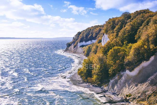 Alemanha, Mecklemburgo Pomerânia Ocidental, Ruegen, Jasmund National Park, Costa do giz — Fotografia de Stock