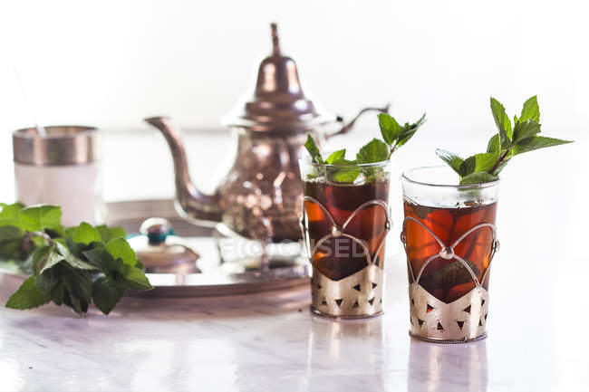 Traditionellen nordafrikanischen Nana Minze Tee — Stockfoto