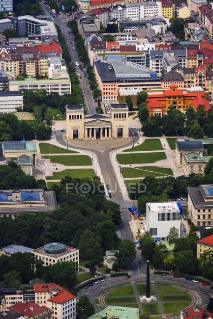 Deutschland, Bayern, München, Königsplatz und Karolinenplatz — Stockfoto