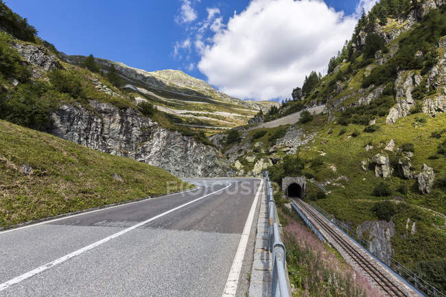 Switzerland, Wallis, view to Furka and Grimsel Pass during daytime — Stock Photo