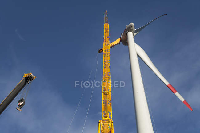 Germany, Bavaria, setting up of a wind turbine — Stock Photo