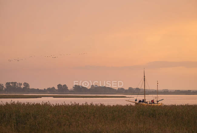 Germany, Zingst, Barther Bodden at evening twilight — Stock Photo